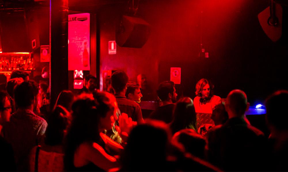 5 temas que incendiaron la pista durante la Journeys con Dekmantel Soundsystem
