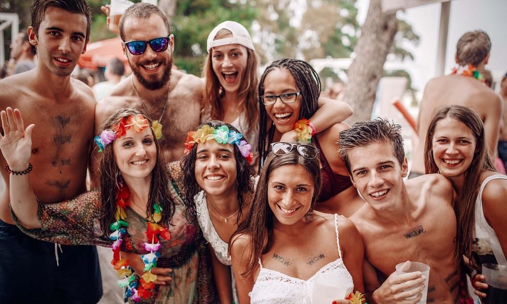 Guía Erasmus Barcelona 2019: dónde beber, comer y salir de fiesta